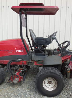TORO 5510 REELMASTER 2011, 11 DPS, 1606 Hours R. R. Brushers, Canopy Top with Cool Top Fan