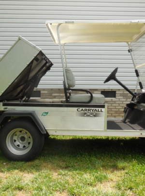 Club Car Carryall 252 (2012) electric, Canopy Top, split Windshield with power dump, IQ Charger