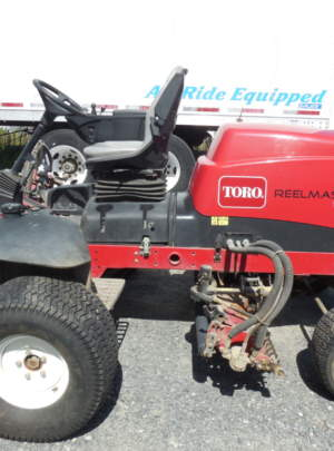 TORO 5410 REELMASTER Fairway Mower (2012) 8 Blade (DPA) Cutting Units, 884 Hours, Power Rear Roller Brushers, Light Kit.