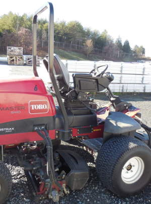 Toro 5410 Reelmaster Fairway Mower (2010) 8 Blade (DPA) Cutting Units, Groomers, Power Rear Roller Brushers, Grass Catchers, CrossTrax (AWD)