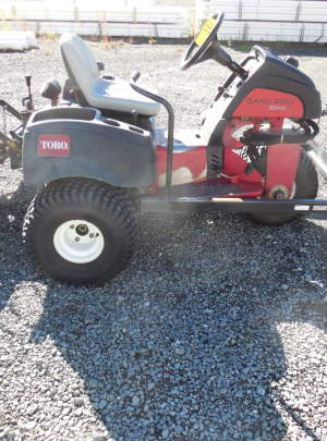 TORO 3040 SANDPRO (2012) Tooth Rake, Spring Rake, Front Plow with 1516 Hours
